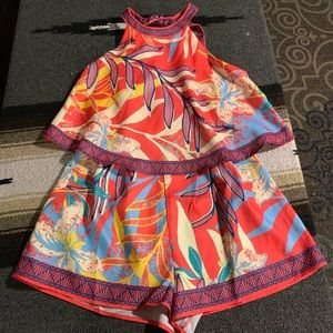 Flying tomato tropical romper NWT small